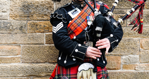 Typing to the Sound of Bagpipes